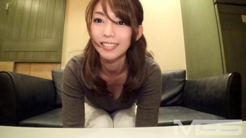 MGS動画:「人妻、初ハメ撮り10」 綾 27歳 エステティシャン