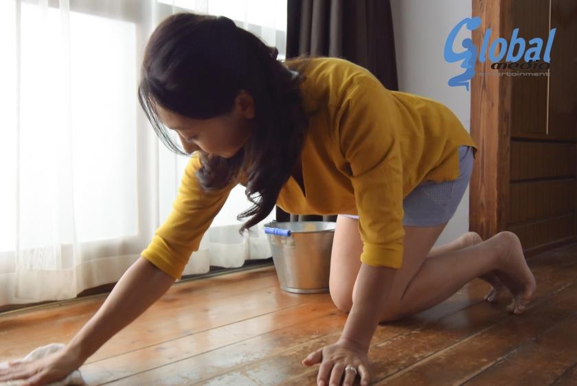 夫の寝ている横で息子の性技に溺れる母 永山麗子【三次元】のエロ画像トップ