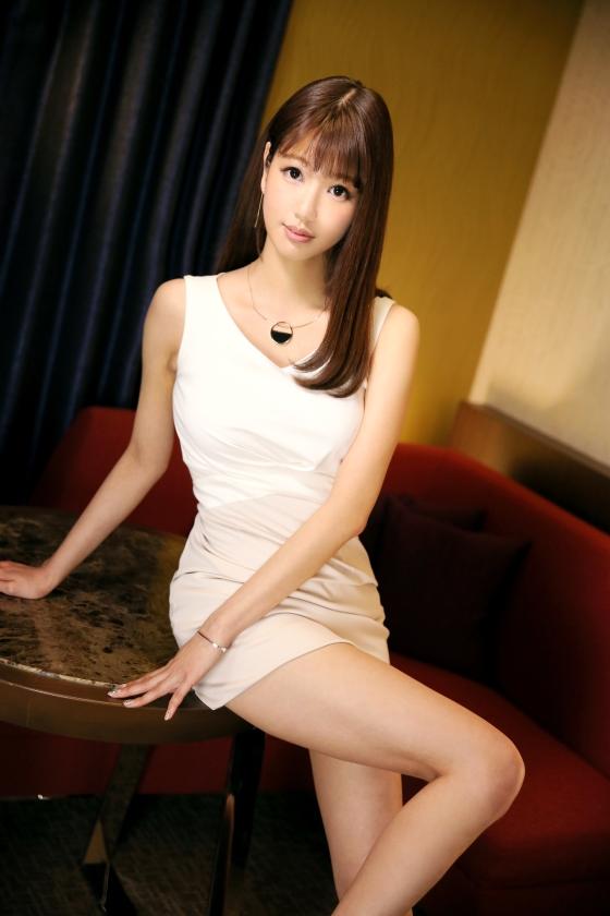 ラグジュTV 650 高梨遥香 26歳 国際線CA 259LUXU-650