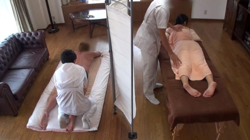 人妻オイルマッサージ盗撮【三次元】のエロ画像トップ