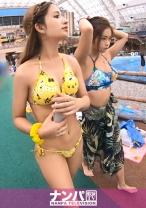 プールナンパ 26 【プールナンパ!】いかにもナンパ待ちのラテン系女子2人組をナンパ!水着でたっぷり遊んだ後に「送ってくから休んでいきなよ」と誘えばアッサリついてくるパリピ女子!w4P乱交SEXウェーイwww