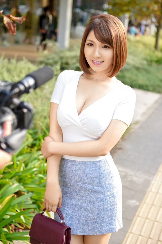 噂の検証!「あなたの恋バナ聞かせてください!」 episode.6 めぐみさん 300MIUM-001