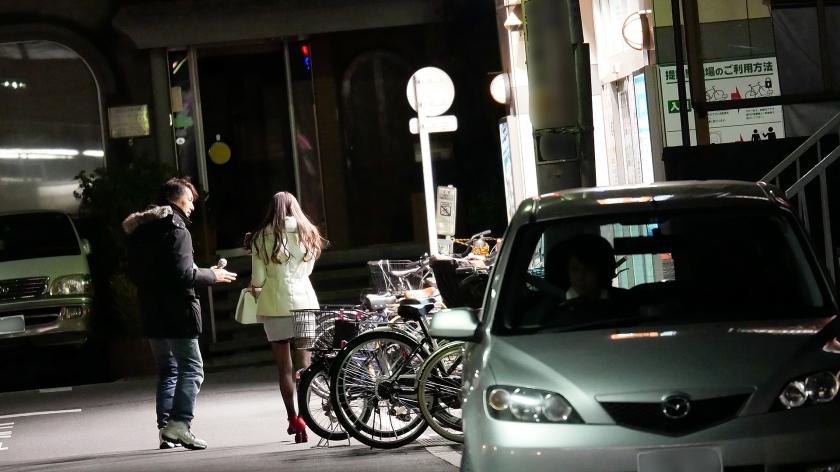 街行くセレブ人妻をナンパしてAV自宅撮影!⇒中出し性交! Celeb.7 志織さん 300MIUM-027