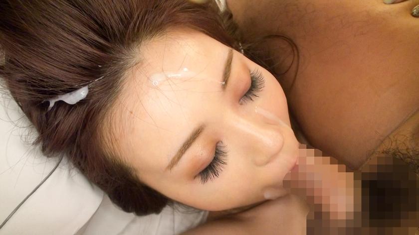 噂の検証!「地方から来たカワイイ田舎娘はヤレるのか?」 episode.6 ミカさん 25歳 化粧部員(熊本出身) 300MIUM-040