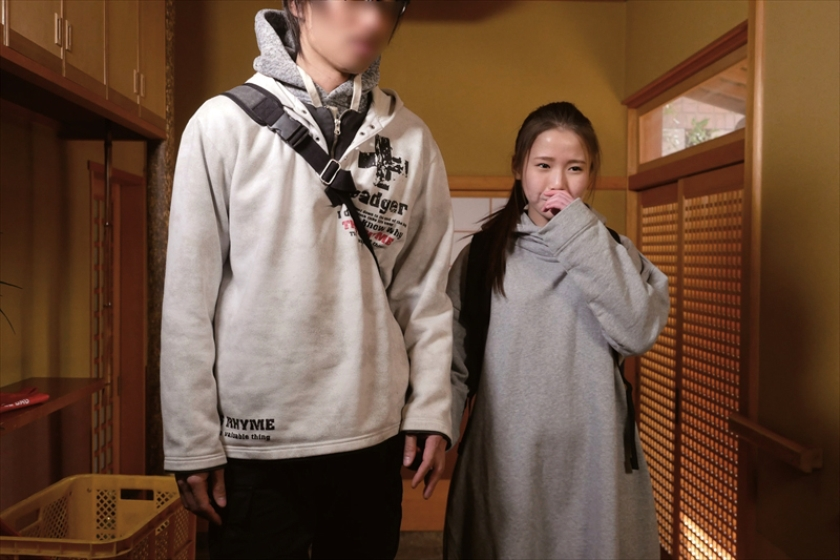 「彼の目の前で中出しされてみたい」 渡辺千紗 19歳 真正中出し解禁【三次元】のエロ画像トップ